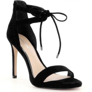 Gianni Bini Jodie Sandals Shoes 7 Black Suede